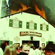 1975_Bierzeltbrand1.jpg